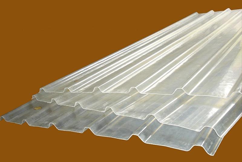 Những ưu điểm của tôn nhựa lấy sáng trong đời sống hiện nay