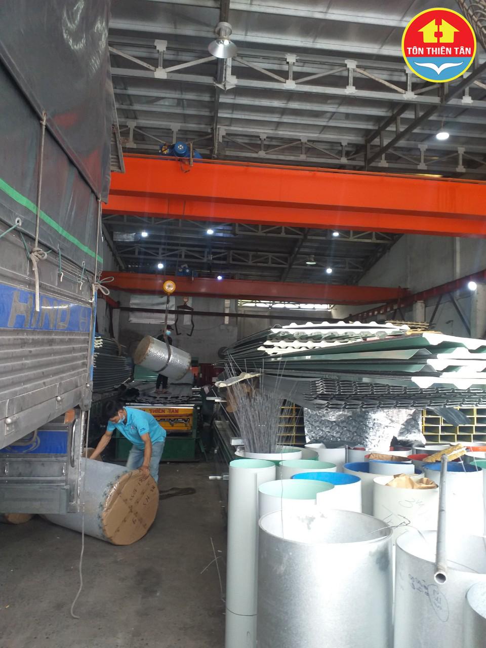 Mua tôn lợp mái chất lượng, giá rẻ cho mọi công trình